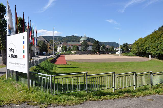 St. Blasien Kolleg Kunstrasensportplatz